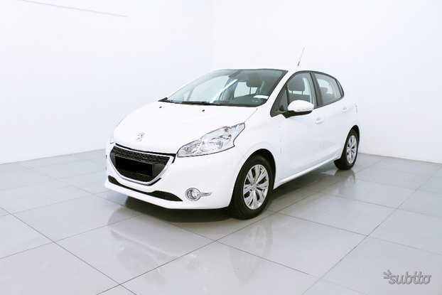 PEUGEOT 208 1.4 HDi Business Pack