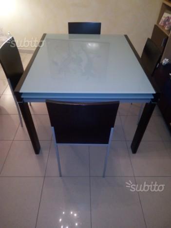 Tavolo allungabile 100×120 colore wenge+4 sedie