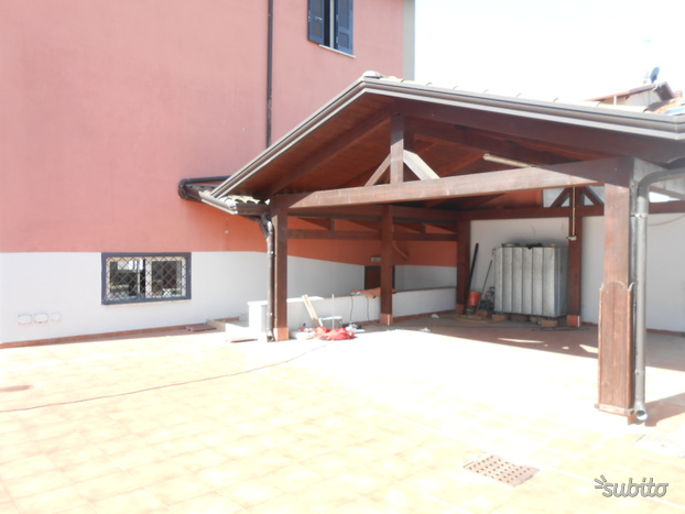 VILLA BIFAMILIARE - Giugliano in Campania
