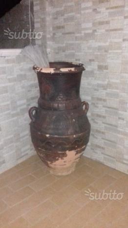 Vaso di terracotta egiziana
