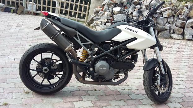 Hypermotard 796 2010