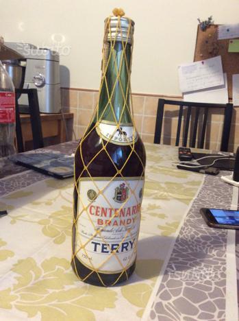Bottiglia centenario brandy terry