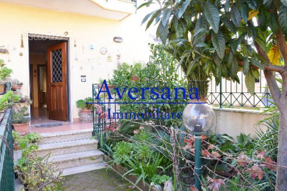 Villa con Giardino su 3 Liv. da 65 mq cad.uno