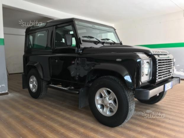 LAND ROVER Defender - 2010