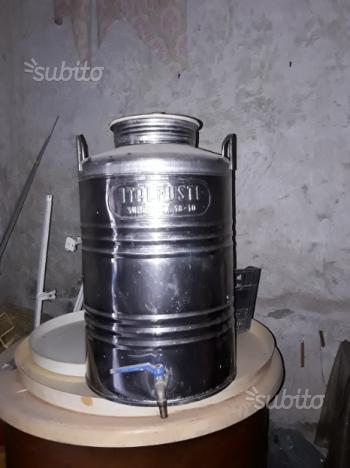 Contenitore per olio in acciaio inox con rubinetto