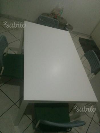 Tavolo da cucina+ 4sedie