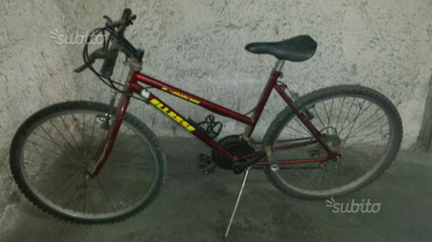 Biciletta mountain bike donna usata poco