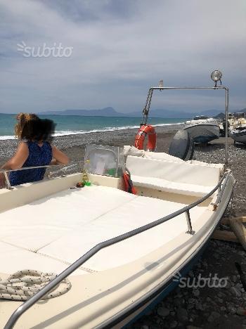Barca open 5.30 metri 25 cv