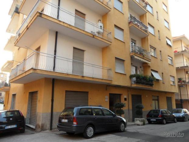 Appartamento a Vallo della Lucania, 4 locali
