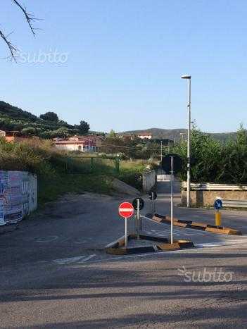 Uso piazzale semicentrale 7.500 mq