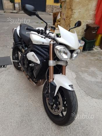 Triumph speed triple 1050 2014