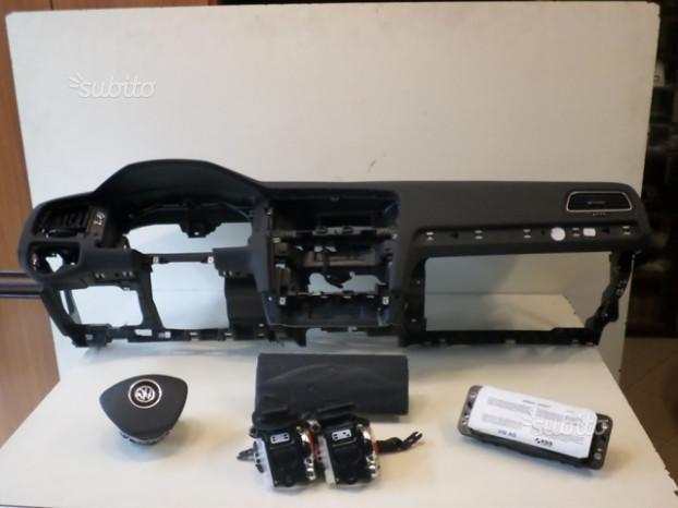 VW Golf 7 Kit Airbag dal 2013 più ricambi vari
