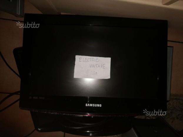 TV Samsung LE19B450C4W