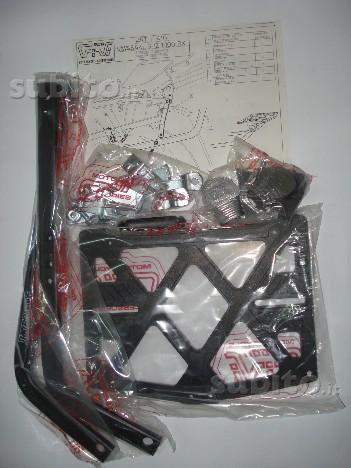Portapacchi Kawasaki GPZ 1000 RX rif. F410