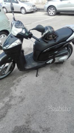 Honda sh 300 2008