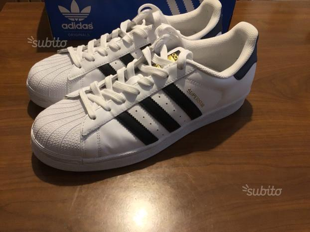 SUPERSTAR Adidas (N.42) NUOVE