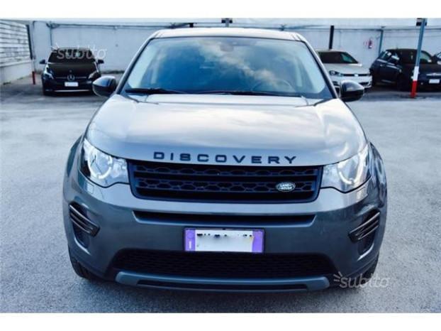 Land Rover Discovery Sport 2.0 TD4 150 CV Dark Edi