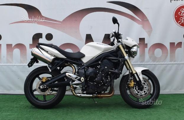 Triumph Street Triple - 2010 UNICO PROPRIETARIO