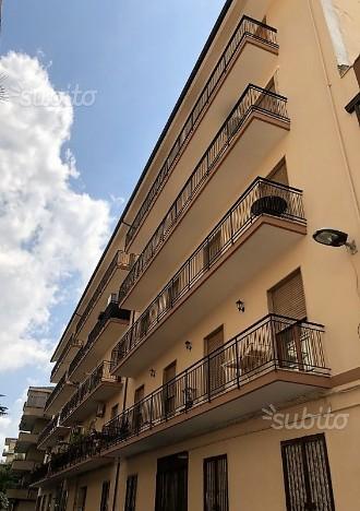 80 mq con terrazzo locato in Via Avellino V37