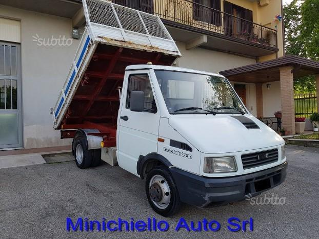 Iveco daily 35.10 ribaltabile trilaterale