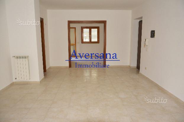 Aversa Sud Appartamento 100mq 4 vani+2acc