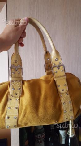Due borse semimuove