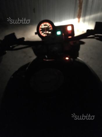 Ducati monster 600 anno 00