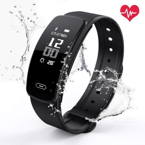 OUDEKAY ® Fitness Tracker Impermeabile IP67