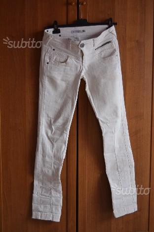 Jeans bianco BERSHKA (tg.42)