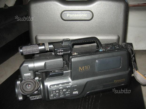 TELECAMERA PANASONIC M10 stereo AV ZOOM+batteria
