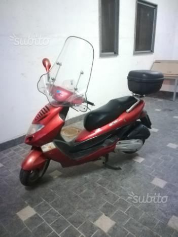 Scooter KYMCO BET&WIN 250cc