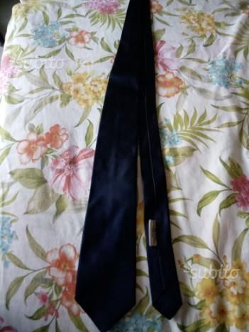 Cravatta prada