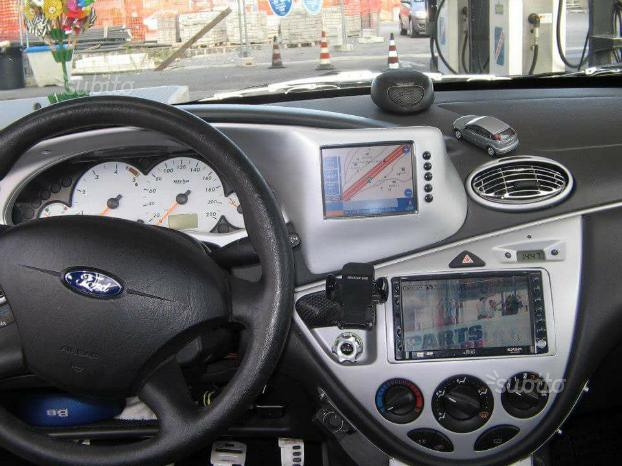 Navigatore lettore DVD focus 98/04