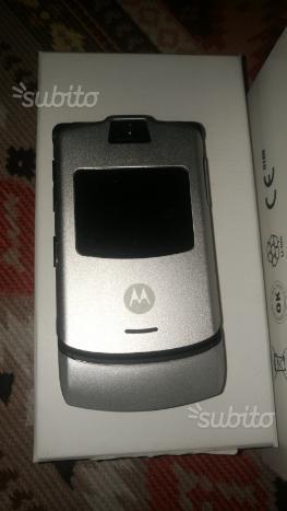 Telefonino Motorola v3
