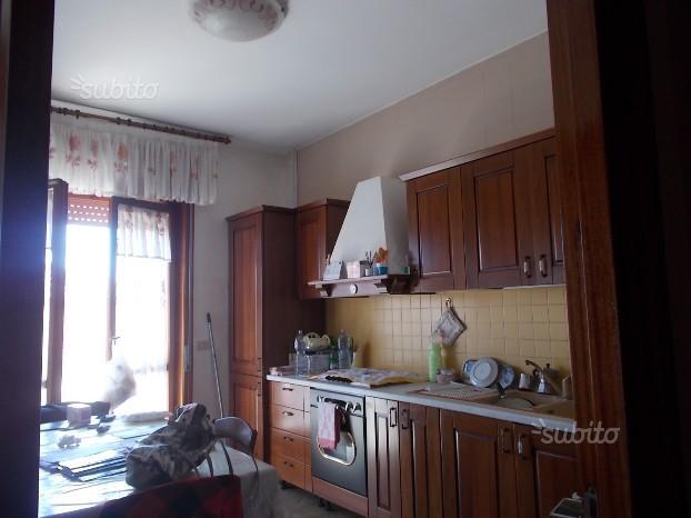 Spazioso appartamento a succivo