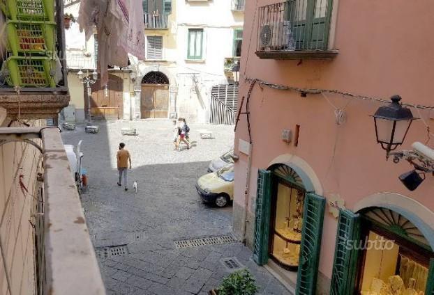 Salerno Largo Campo appartamento 5 vani