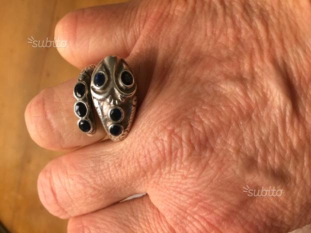 Anello argento e zaffiri
