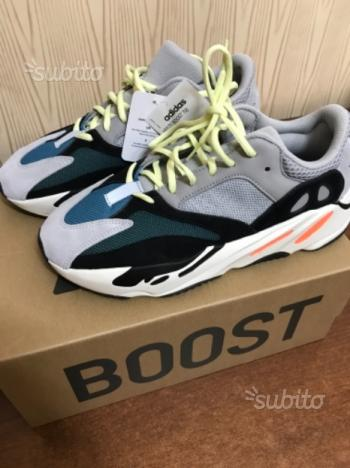 Yeezy boost 700 size 9.5 uk (44 eu)