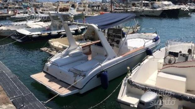 Manò 22.5 fisherman barca open motore mercruiser