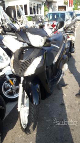Honda sh 150 doppio disco