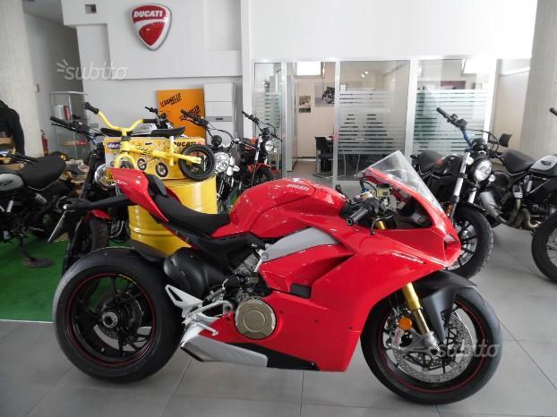 Ducati Panigale V4 S - 2018