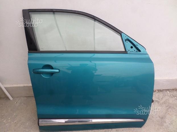 L2332 Porta anteriore dx Suzuki Vitara 2015