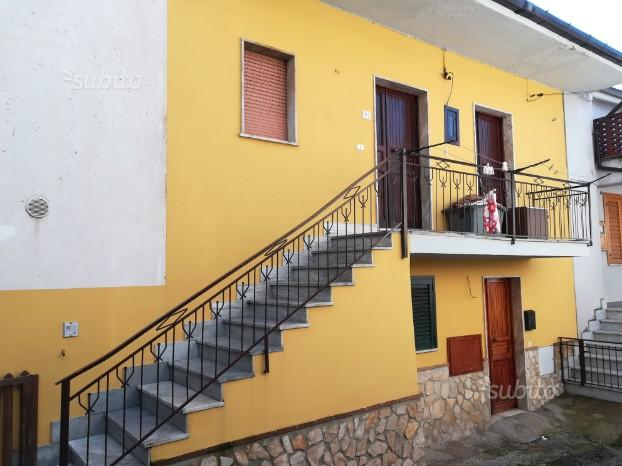 Soluzione indip. con garage- S.Lucia di Serino