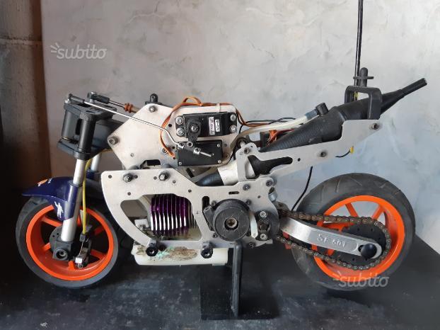 Honda rc211v radiocomandata