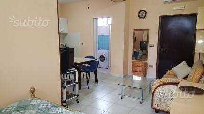 Appartamentino ARREDATO, Pozzuoli 320,00