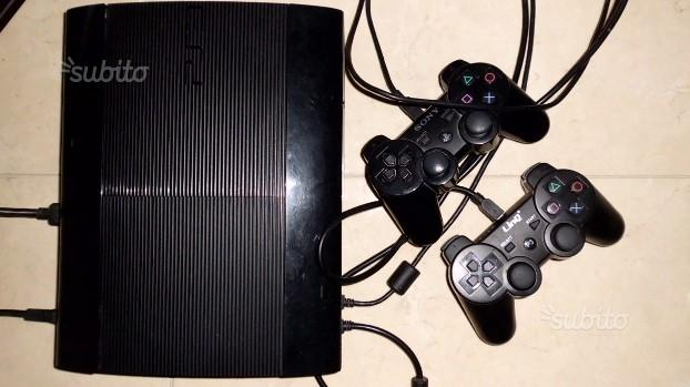 Ps3 super slim 500gb + 23 giochi