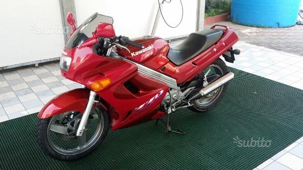 Kawasaki ZZ-R 250 - 1994