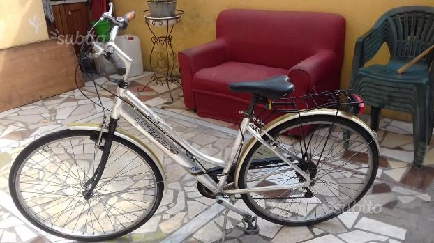Bicicletta da passeggia 28 alluminio CupS