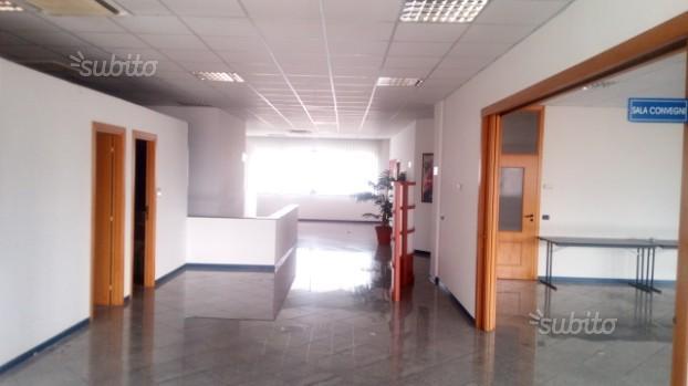 Ufficio Vitulazio di 700 mq. S.S.7