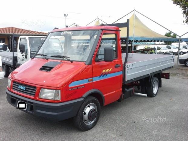 35.10 iveco turbo daily cassone medio
